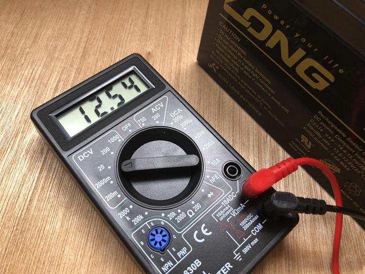 電動用バッテリー電圧テスト1