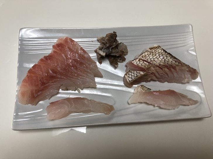 熟成5日目真鯛刺身と炙り